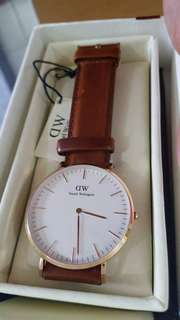Daniel Wellington Leather Classic Watches