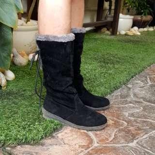Winter Velvet Boots (Black, size 37)