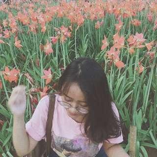 tshirt (pink loony)
