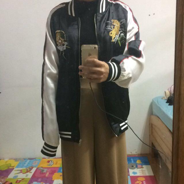 橫須賀緞面刺繡外套