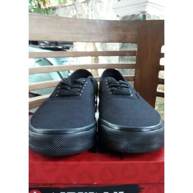Air Walk full black like a vans
