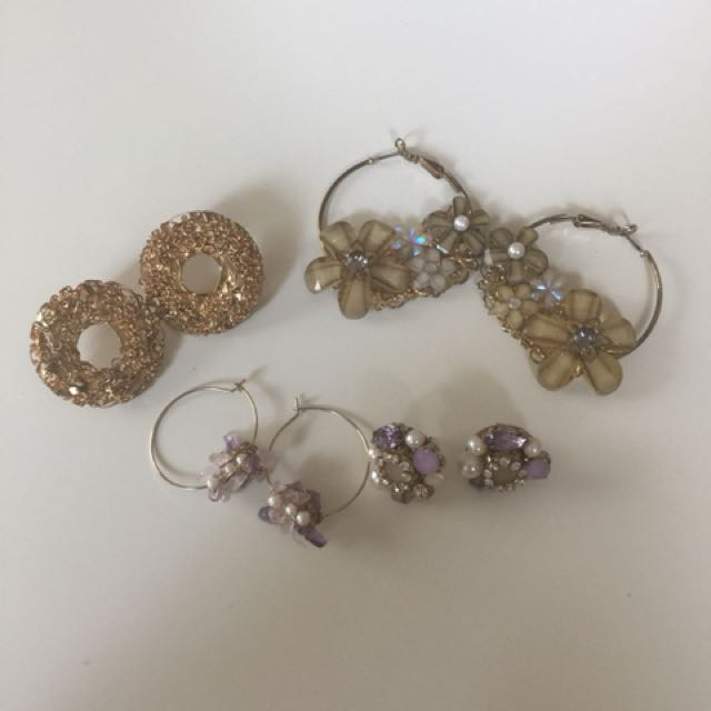 All kinds of earrings