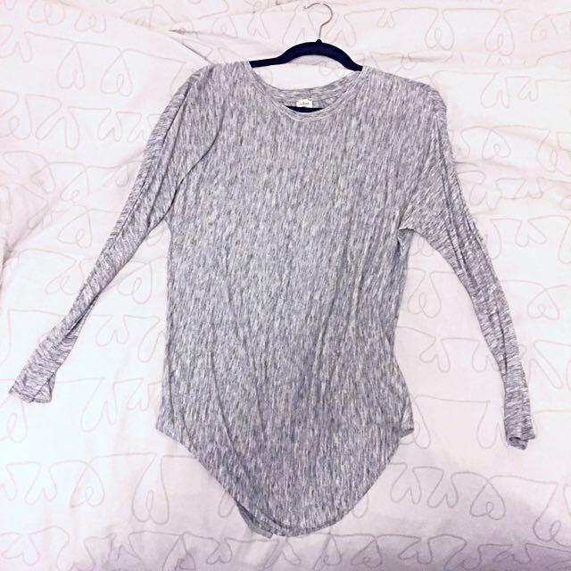 Aritzia Wilfred cotton long t-shirt XS