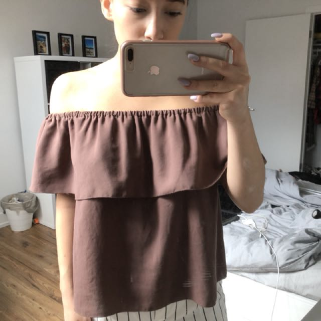 Aritzia-Wilfred Off the Shoulder Blouse