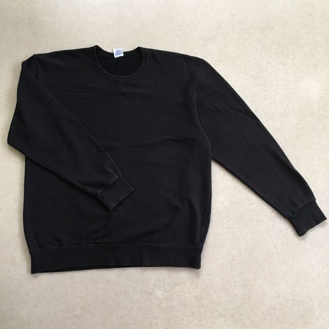 Black Oversized/Drop-Shoulder Sweater