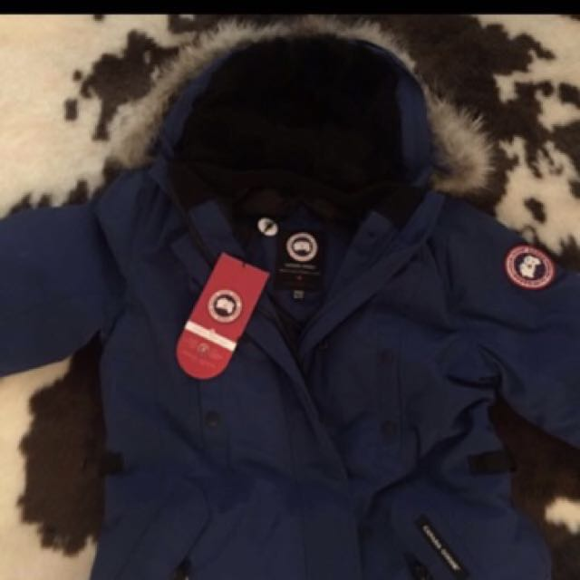 Brand New Canada goose XL Kensington jacket