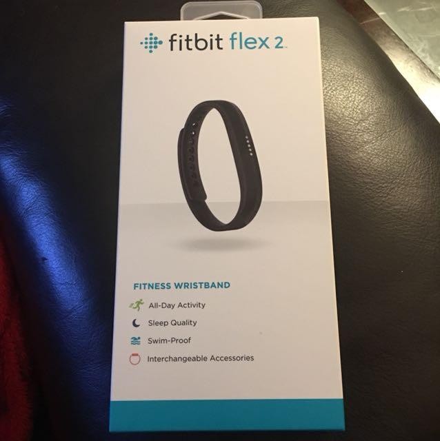 🔥BRAND NEW IN BOX🔥 Fitbit flex 2
