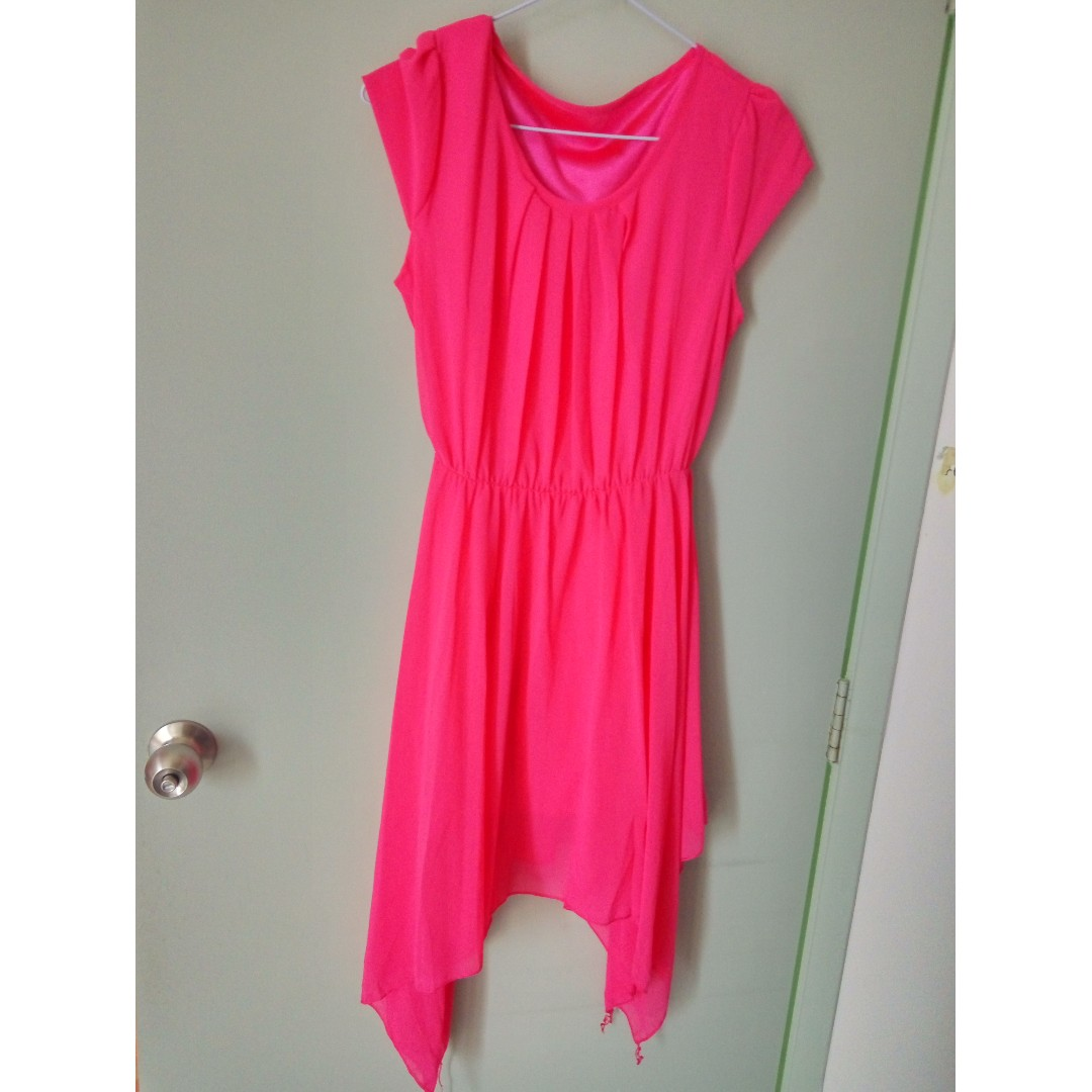 Bright Pink Dress #SpringClean60