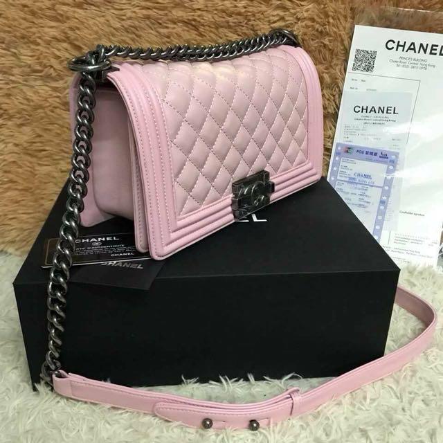 e8d799653d81 Chanel sling bag- black