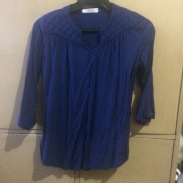 Crissa blue 3/4 top