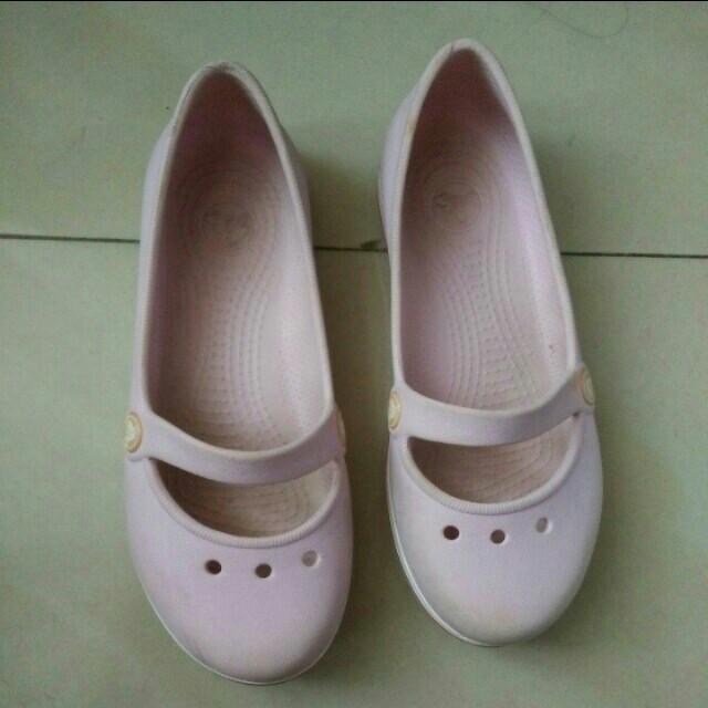 CROCS Pink Flat Shoes