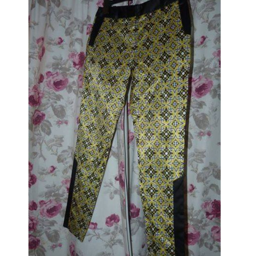 Cue size 8 patterned pants Mint condition! $60
