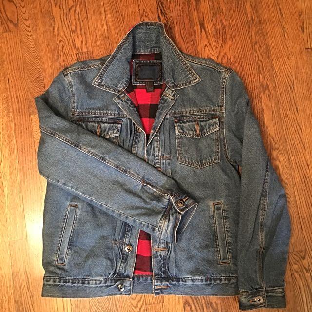 Denim jacket size s