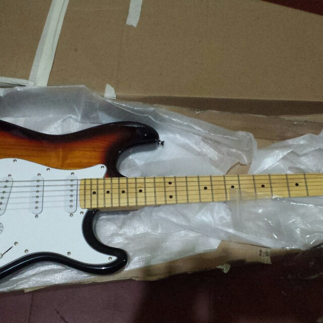 Electric guitar brand new