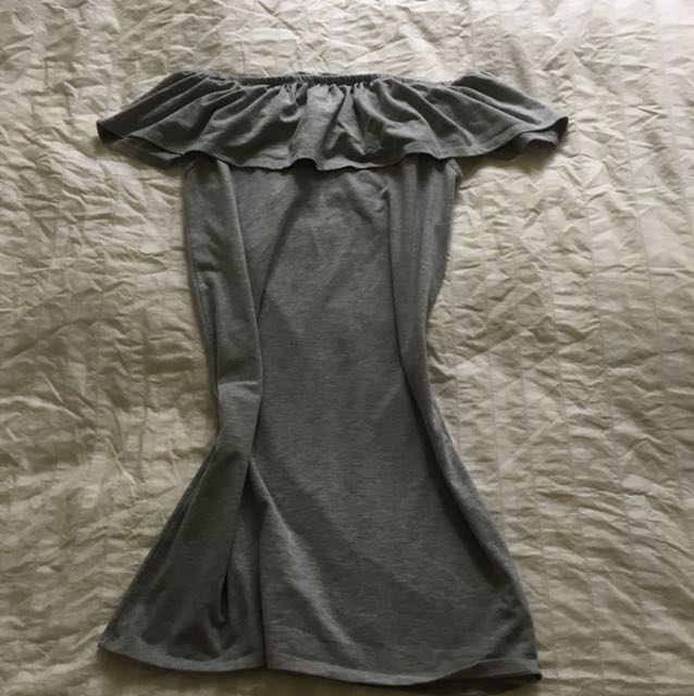 Grey cotton on off the shoulder tee dress