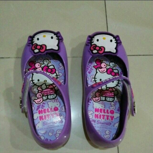 HELLO KITTY Purple Shoes