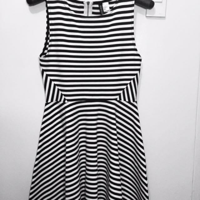 H&M | B&W Striped Skater Dress