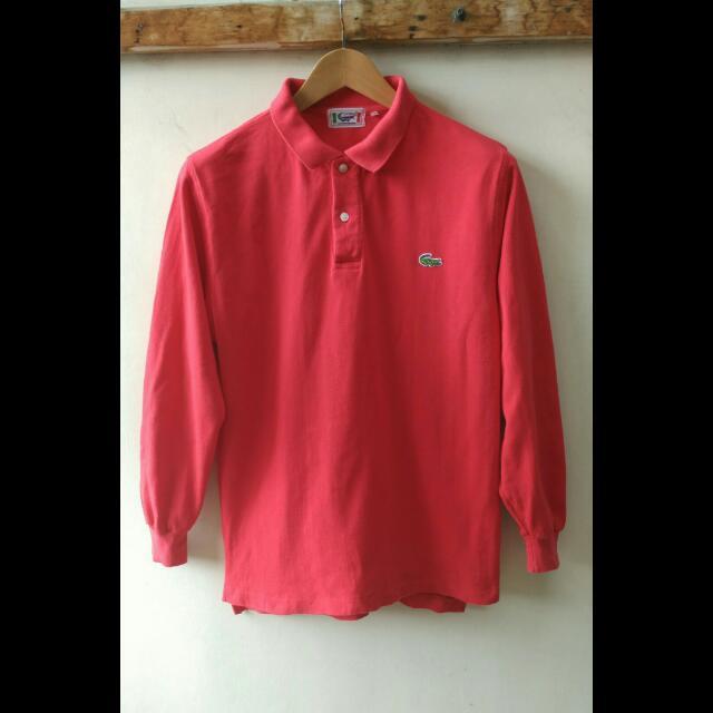 Kaos Poloshirt LACOSTE Lucertola ORIGINAL.  Size Fit untuk yang biasa memakai M / L Indonesia. silahkan dicocokkan ukurannya gan : Lebar bahu 44cm, lebar dada 51cm, panjang 65cm.