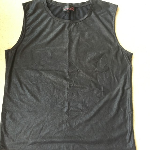 Material World By Madonna Black Muscle Tank Top SingletSize 10