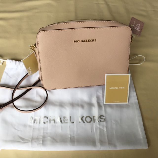 765bac249dd4 Michael Kors - Jet Set Large Saffiano Leather Crossbody in Soft Pink ...