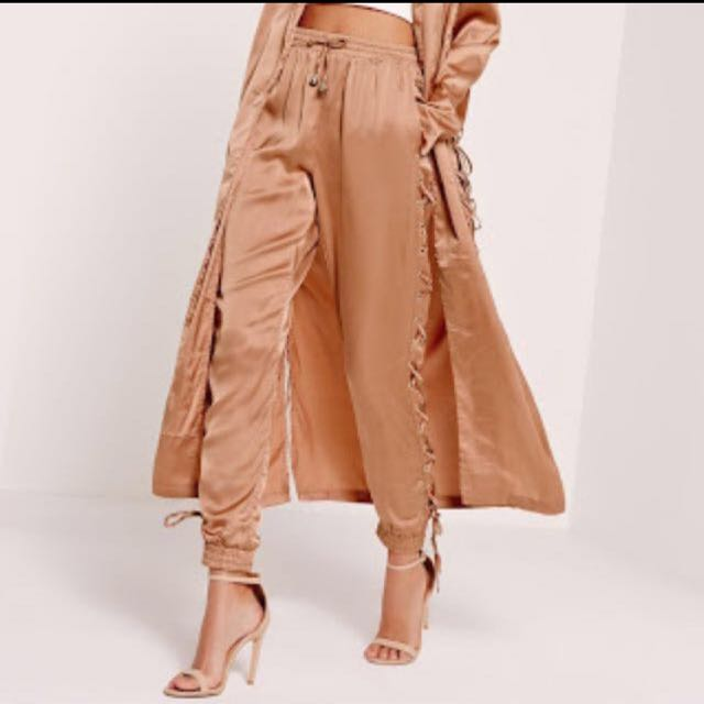 MISSGUIDED Satin Lace Joggers