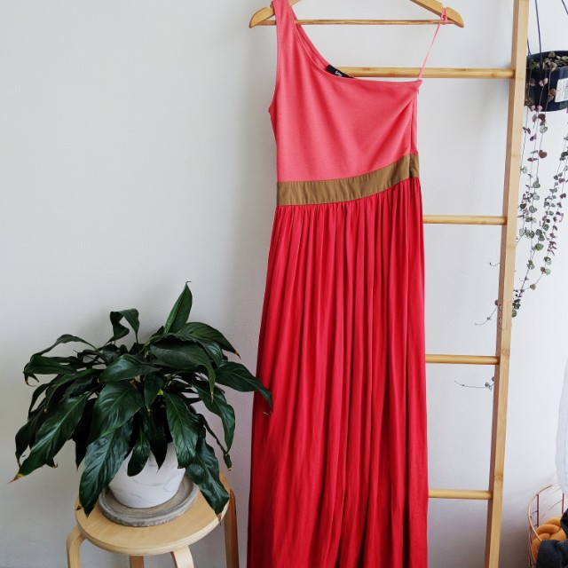 One shoulded maxi dress