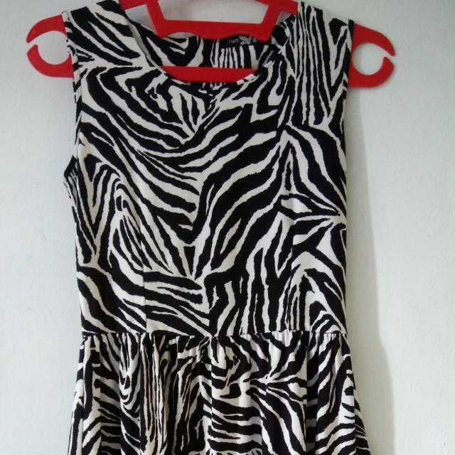[Preloved] Dress Zebra