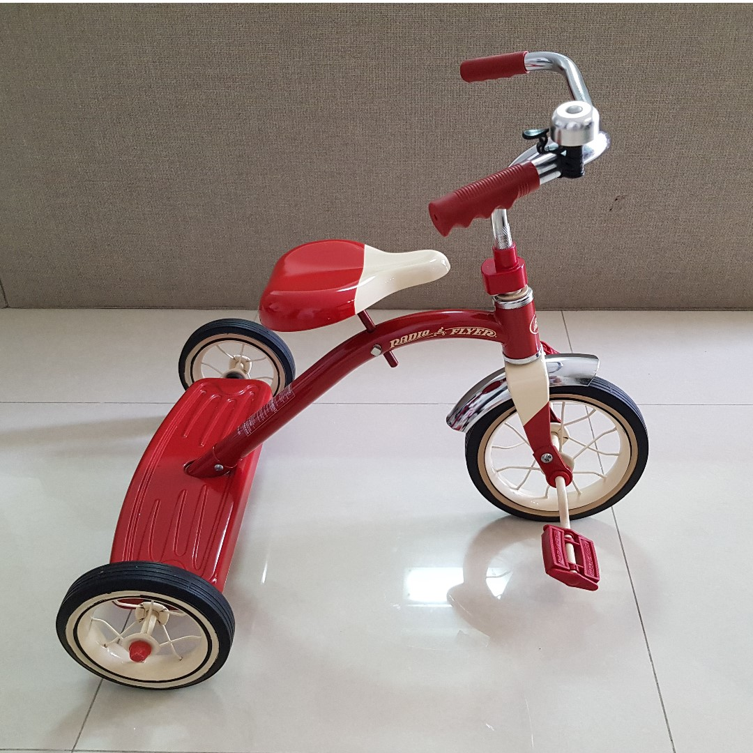 d6b3a019eb2 Radio Flyer Classic Red Tricycle / Trike, Toys & Games, Bricks ...