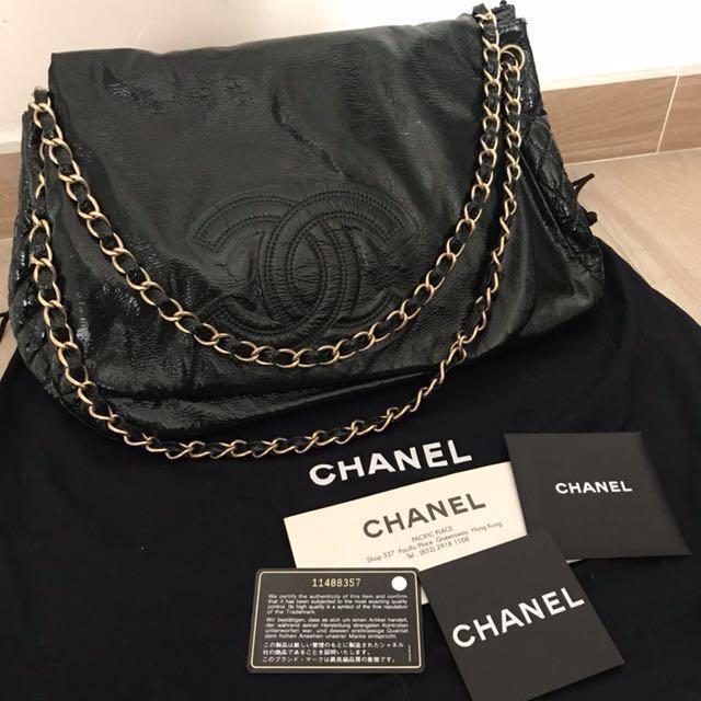 a22084606cb2 🈹sale🈹Chanel Rock & Chain Flap Bag, Women's Fashion, Women's Bags ...