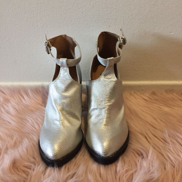 Silver Leather Cut-out Ankle Boots - size 8
