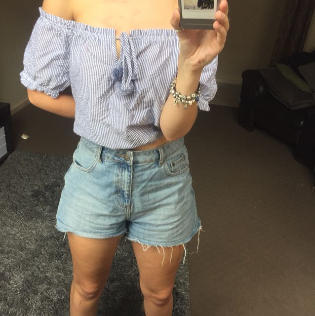 Sportsgirl Off the shoulder top