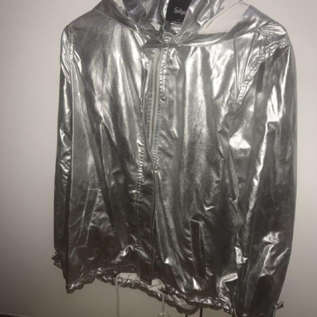 Sportsglirl festival silver raincoat