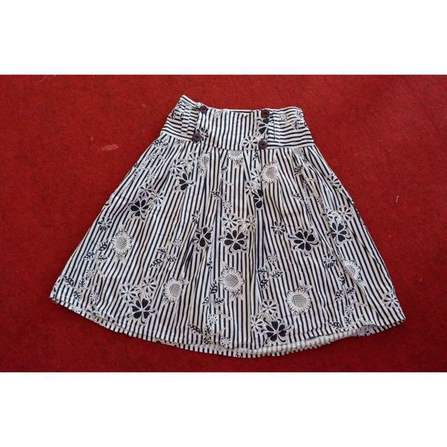 Stripe flower skirt