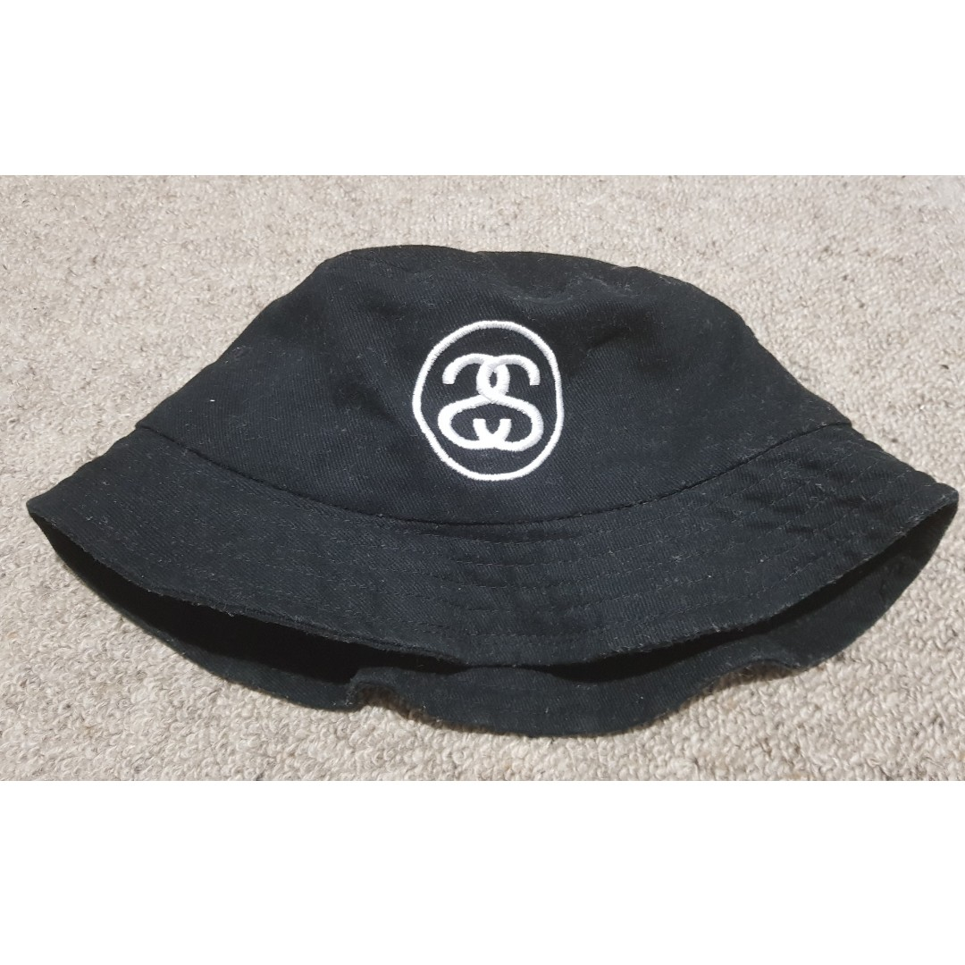 Stussy Bucket Hat embroidered logo