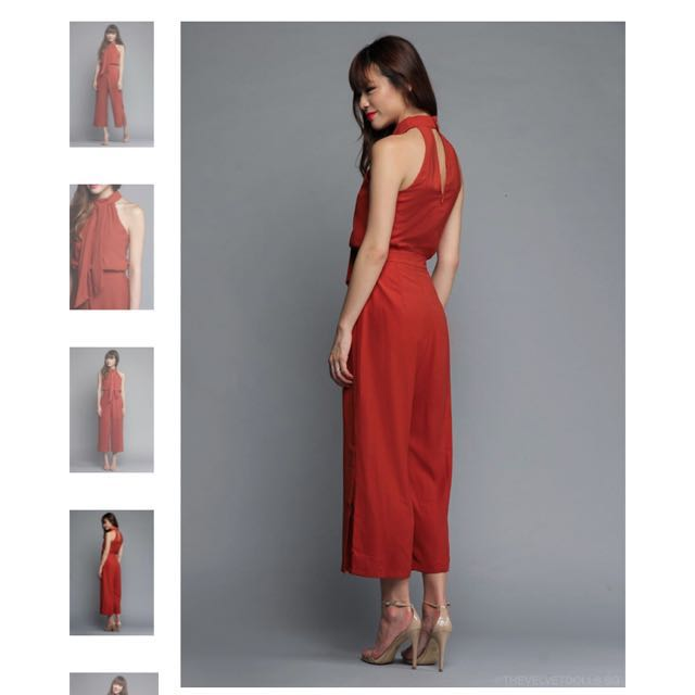ef7f0493ae77d Thevelvetdolls - Marissa Keyhole Jumpsuit in Rust Orange, Women's Fashion,  Clothes, Rompers & Jumpsuits on Carousell