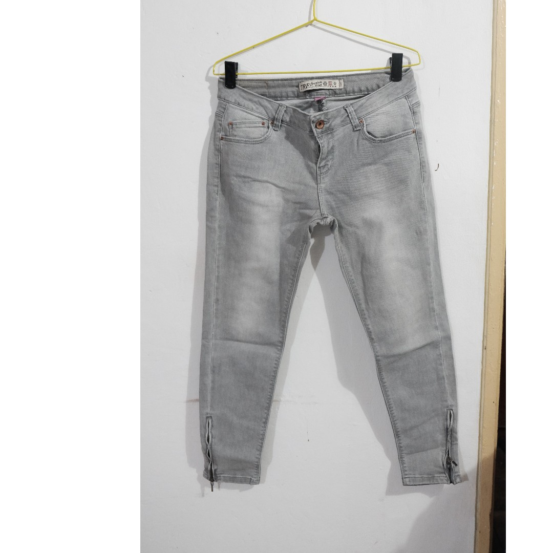 TRF jeans
