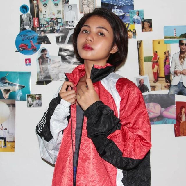 [UNISEX] Parachute 'Red-Black-White' Track Jacket