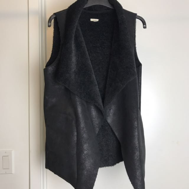 Urban Outfitters Black Faux Sherpa Vest