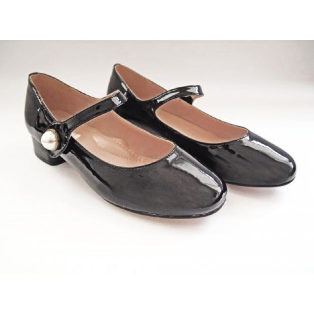 Vanilla Shoes