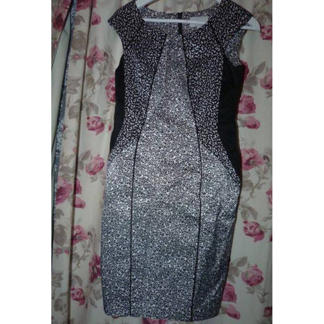 Veronika Maine (Cue) size 10 leopard print dress as new condition $45