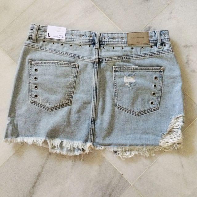 726e7250b1 Zara ripped denim mini skirt with stub., Women's Fashion, Clothes, Bottoms  on Carousell