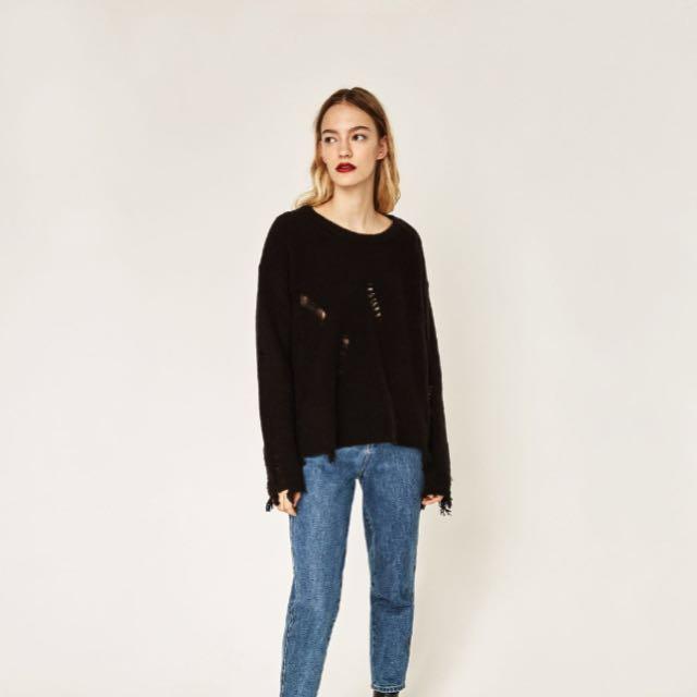 Zara ripped detail Sweater | medium