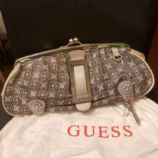 50% off ~ Guess authentic gucci style rare vintage clutch handbag