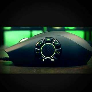 Razer Gaming Mouse (Naga Hex V2)