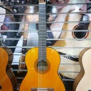 Kredit gitar akustik tanpa dp