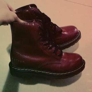 🚚 福神EˊVISU 棗紅色靴   量少!!!