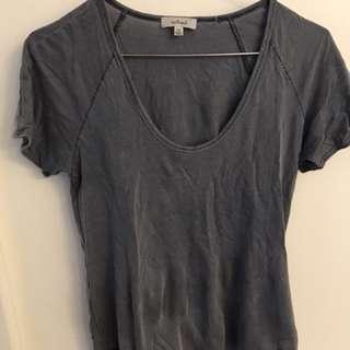 XXS Aritzia Wilfred T-Shirt