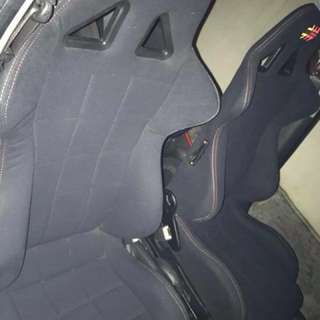 Momo bucket seat original