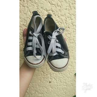Authentic slazenger toddlers shoes like converse