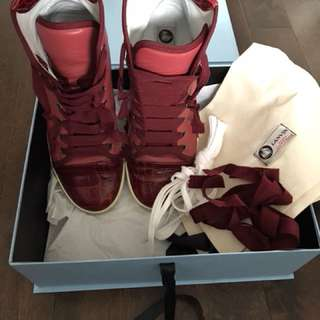 Lanvin high tops in colour rouge, Sz 39